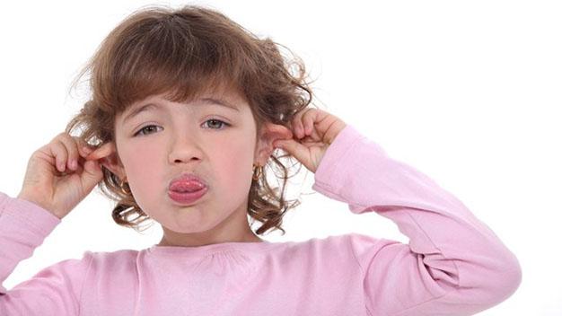 کودکان بی ادب را چگونه تربیت کنیم؟ چگونه کنترل و با انها رفتار کنیم؟