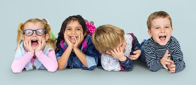 کودکان شاد یک موهبت الهی ، چگونه کودکان شاد تربیت کنیم؟