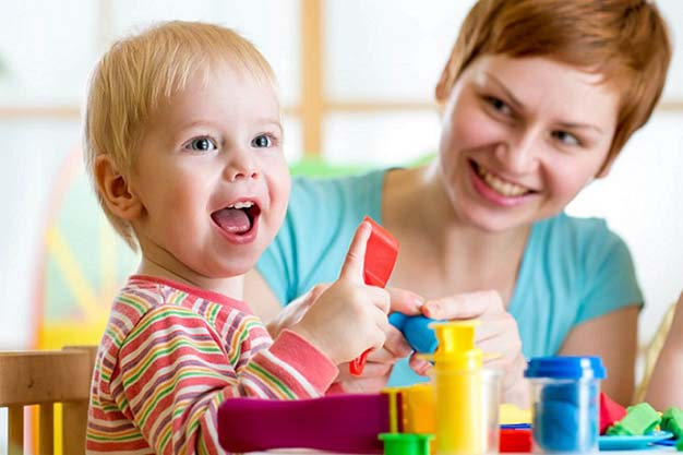 شیوه های فرزندپروری مثبت در عصر ارتباطات و تبلیغات