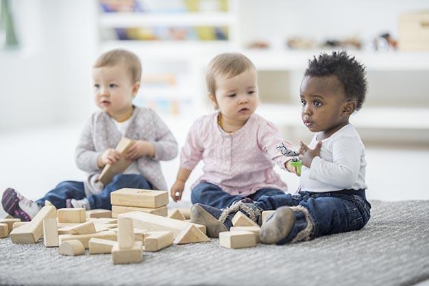 آموزش آداب معاشرت به کودکان با نکات و روشهای ابرکودک