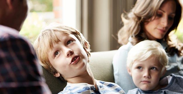 کودکان پرحرف را چگونه از شکل گیری عادت پرحرفی حفظ کنیم؟
