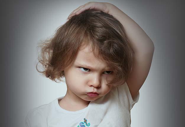 قهر کردن کودکان با رفتار همسو و قاطع والدین ازبین میرود